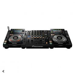 Pioneer DJ set dj gear